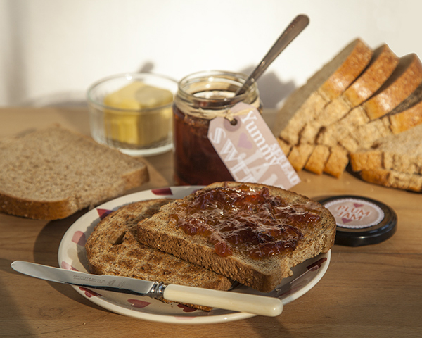 Plum jam on toast p