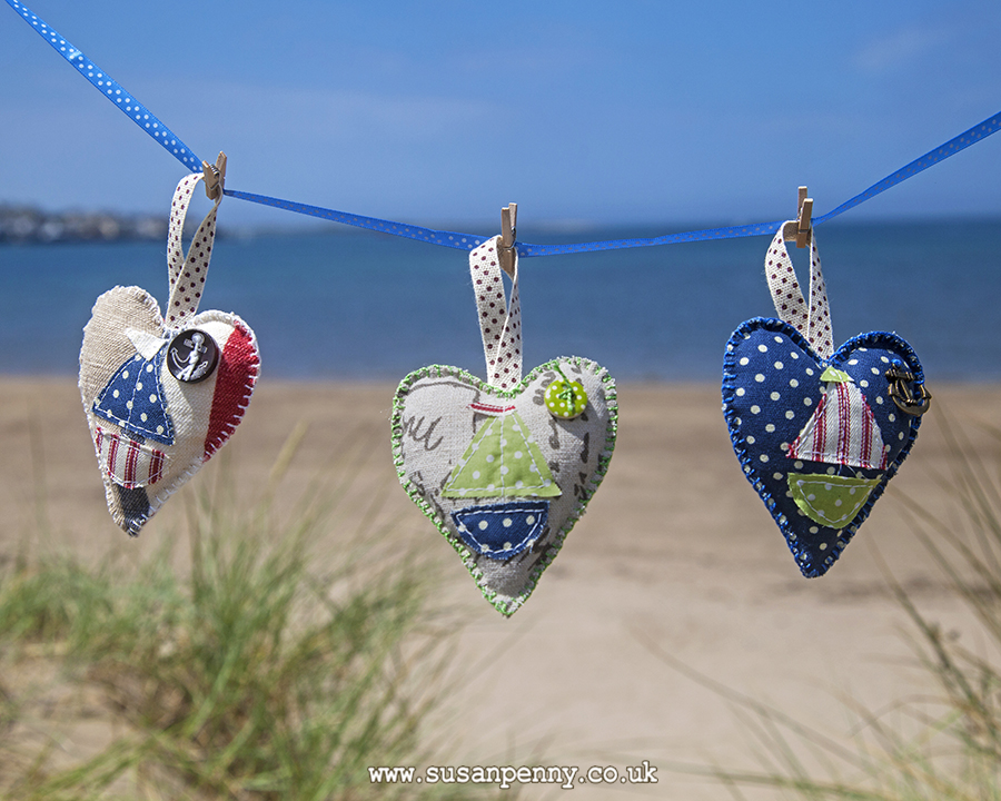 Sailing boat hearts