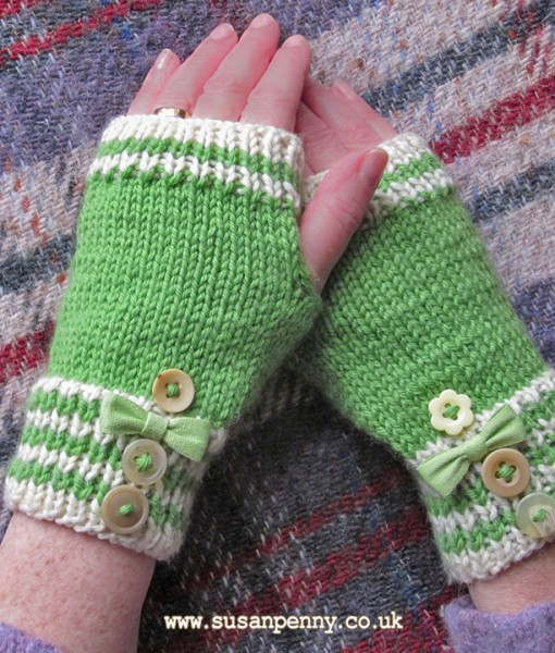 PDF Knitting PATTERN - striped knitted fingerless gloves/mittens