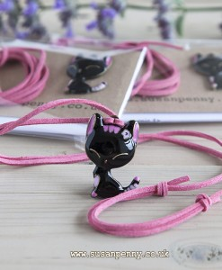 Black cat pendant kit